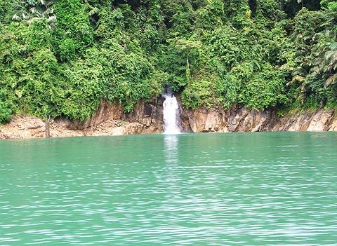 Kenyir waterfall