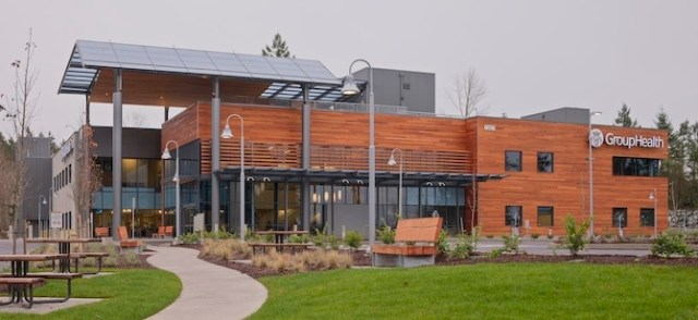 Puyallup Medical Center Clad in Garapa Rainscreen Clip System