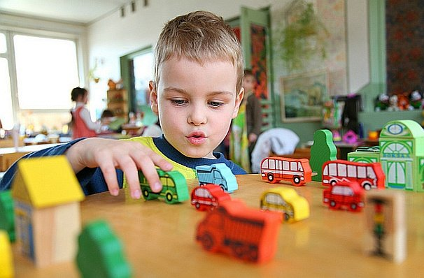How To Choose Toys To Make Kids Smarter