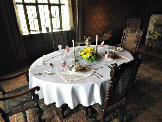 Dining room at Packwood House