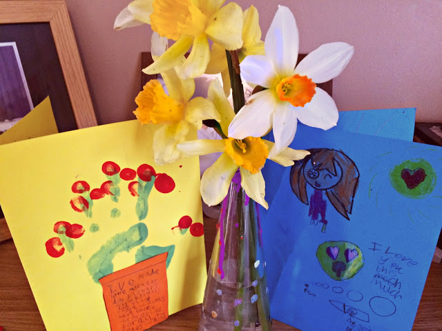 mothers day cards and flowers