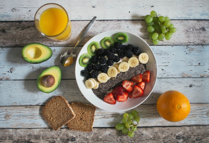 a healthy meal of fruit and juice