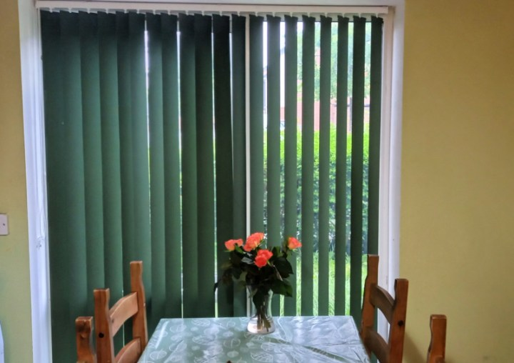 vertical kitchen blinds.