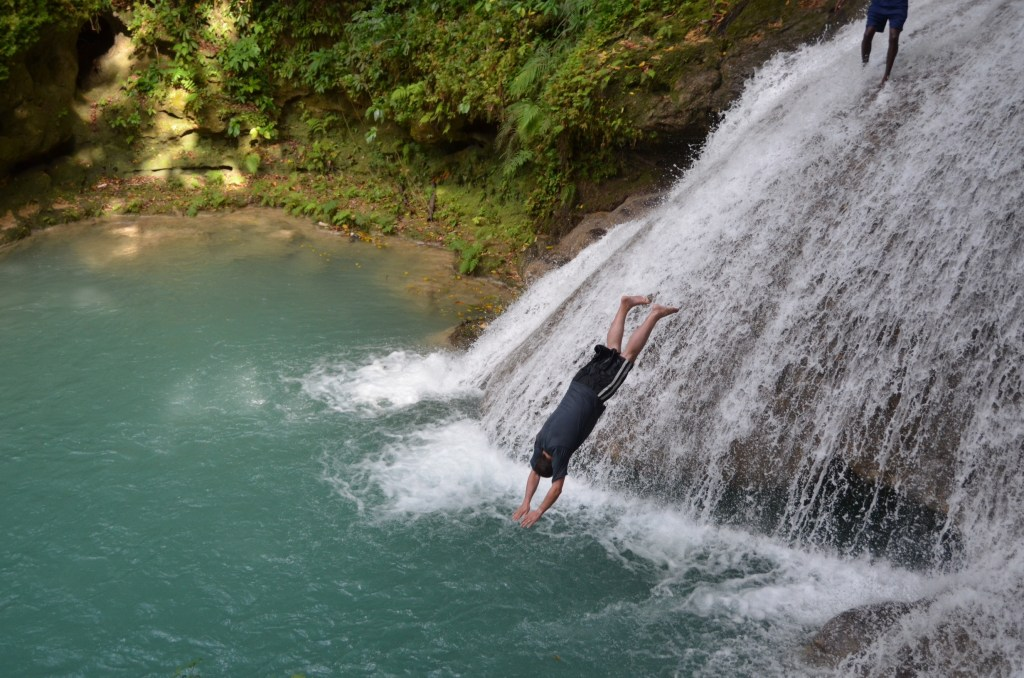 Blue hole waterfall diving
