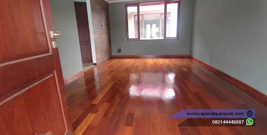 contoh pemasangan lantai kayu merbau rumah