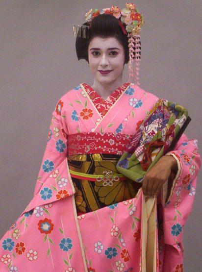 How I Became a Geisha in Kyoto, Japan   Rajnesh Sharma  Man Serves Geisha