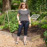 Capri Length Mid-rise Ginger Jeans