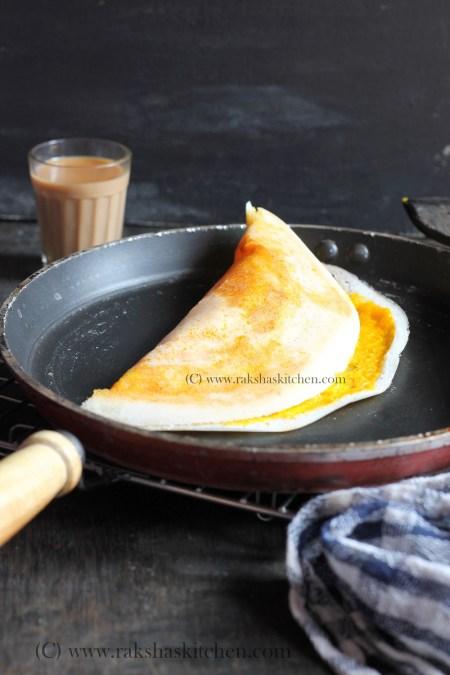 Mango dosa with mango filling