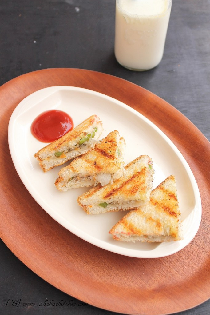 Radish and capsicum sandwich