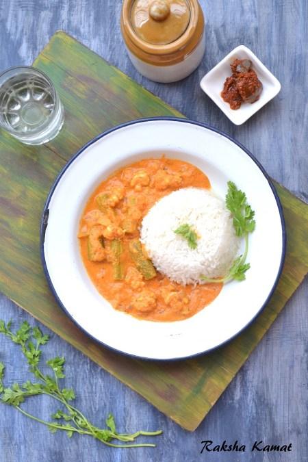 Goan prawns curry with drumsticks, Goan prawns curry, drumstick and prawns recipe