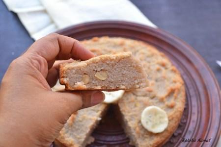 Vegan semolina banana cake, banana cake vegan, semolina cake, sooji cake with banana, vegan cake
