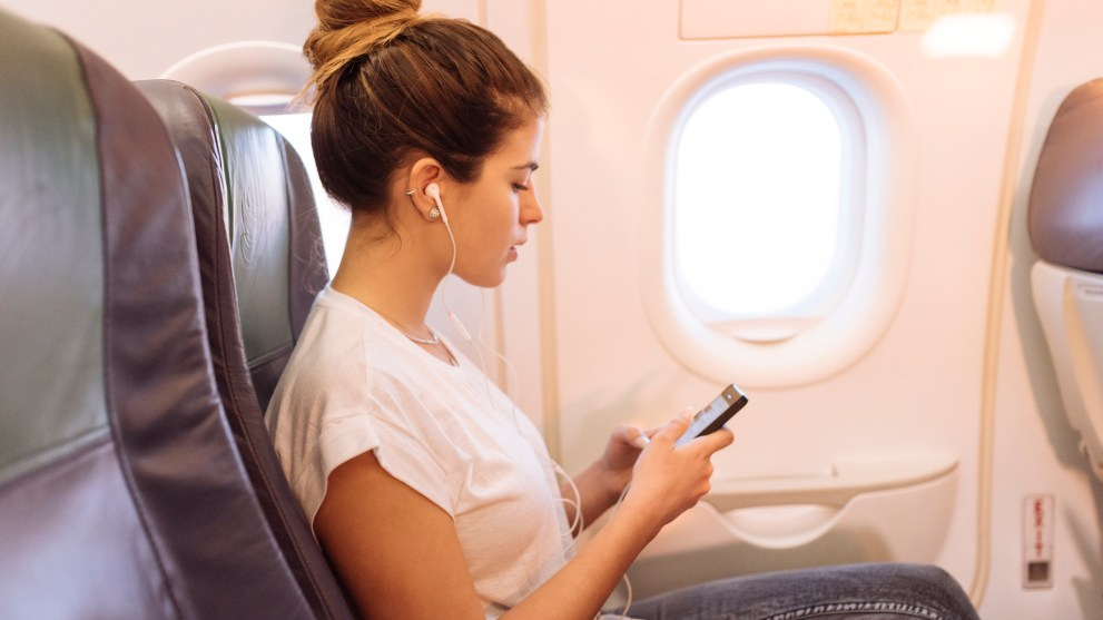 Holiday Travel Tips: How to Find the Cheapest Flights
