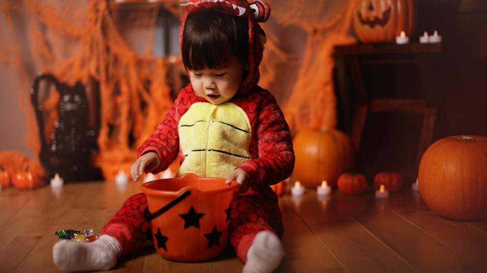 2020's Most OMG Infant Costumes for Baby's First Halloween