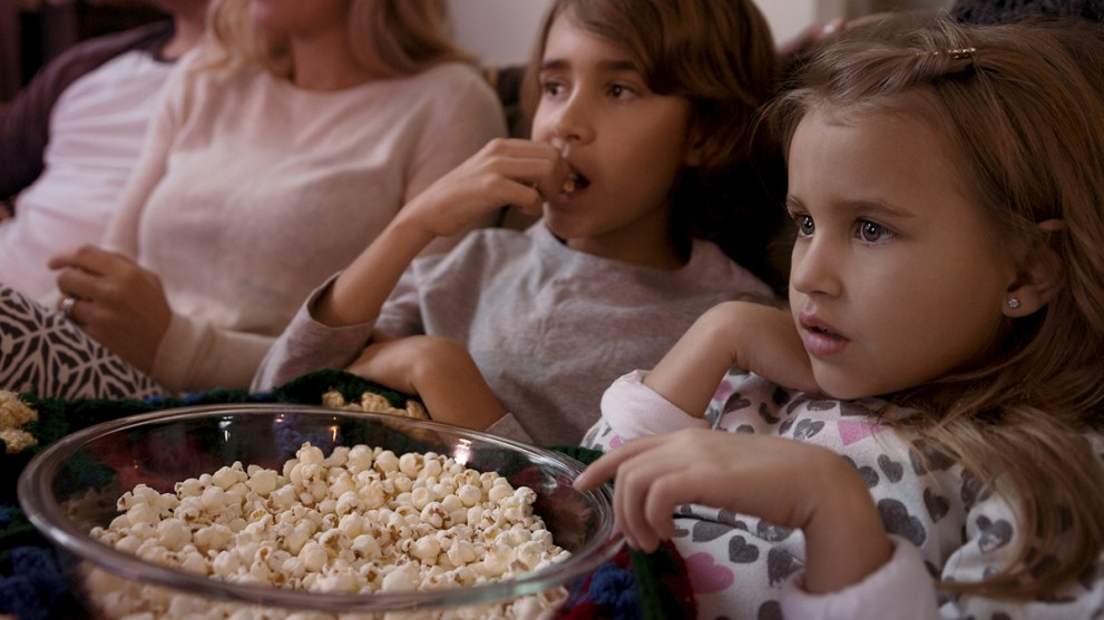 How to Have the Spookiest Halloween Movie Night at Home