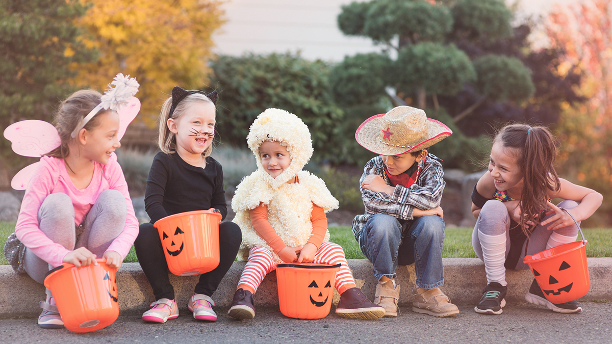 Easy DIY Halloween Costumes for Kids You Can Make With Clothes They Already Have