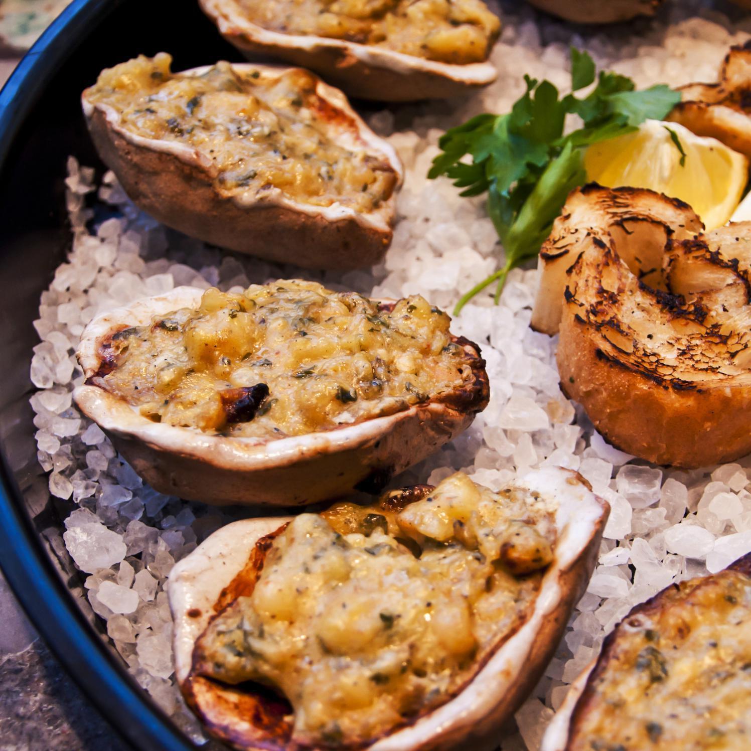 Loftin Ceramic Oyster Shells - Set Of 12