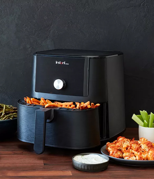 Instant Pot Instant Vortex 6-Qt. 4-in-1 Air Fryer