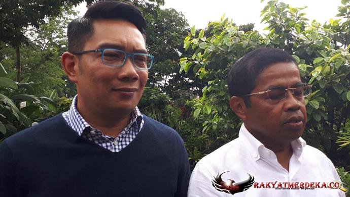 Sekjen Golkar Temui Ridwan Kamil Jelaskan Surat Keputusan Dukungan Golkar