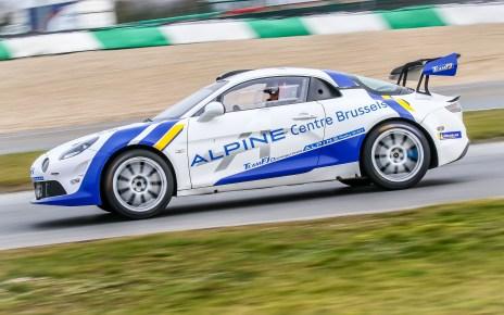 Les pilotes belges découvrent l'Alpine Rally R-GT !