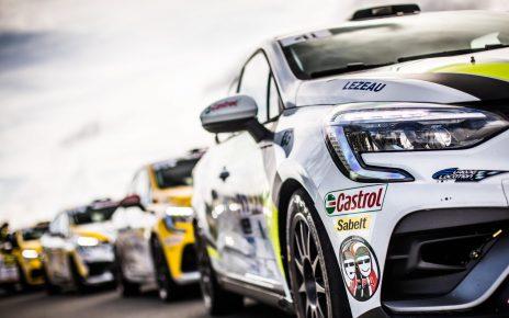 Enorme plateau en Clio Trophy France !