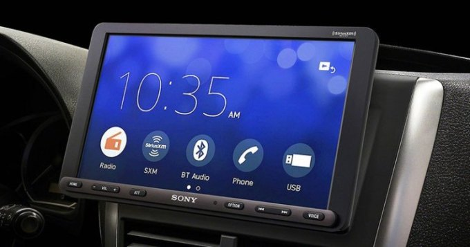 Product Spotlight: Sony XAV-AX8000