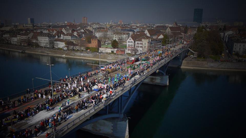 Luftbilder der Basler Fasnacht 2014