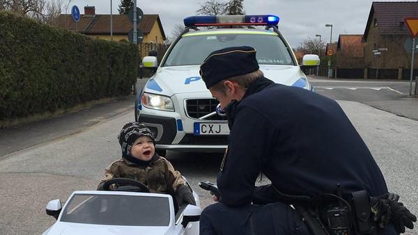 Polizei-Kind