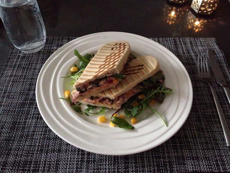 Panini met tonijn en Cheddar kaas