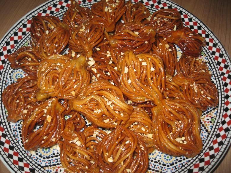 Spaghetti shebakia
