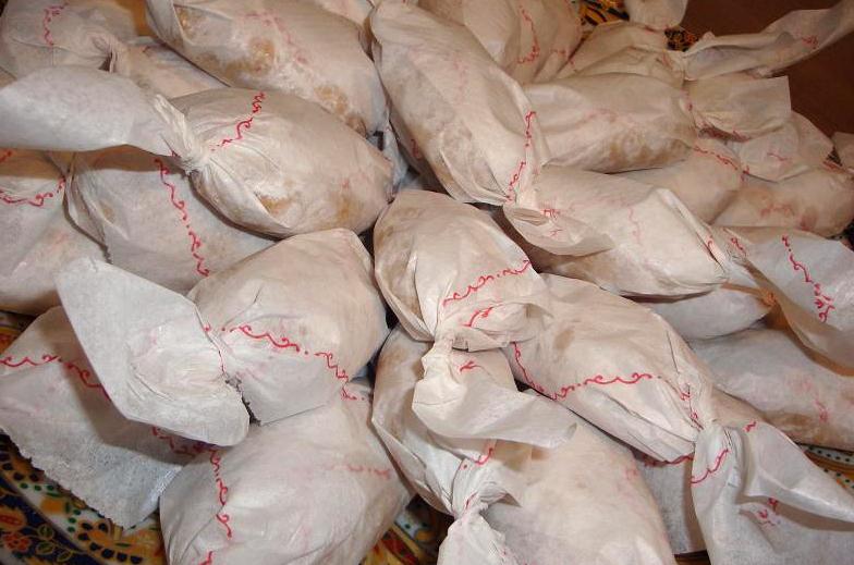 Marokkaanse pindakoekjes in papier