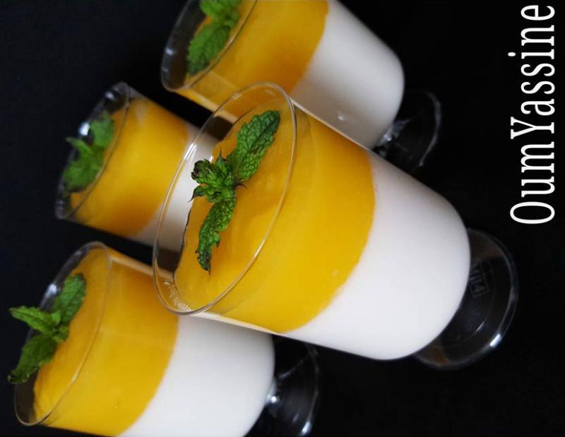 Kokos panna cotta met mango
