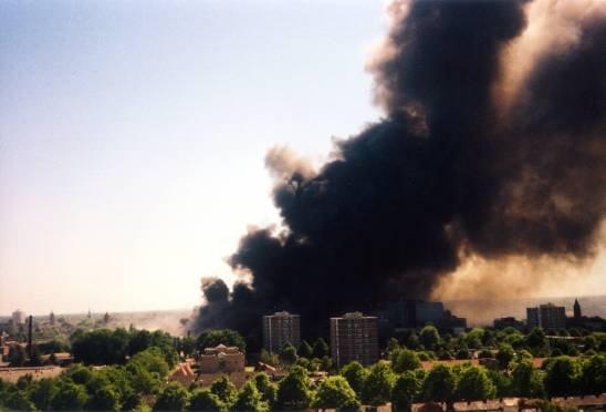 Vuurwerkramp Enschede door Bartflikweert via Wikimedia