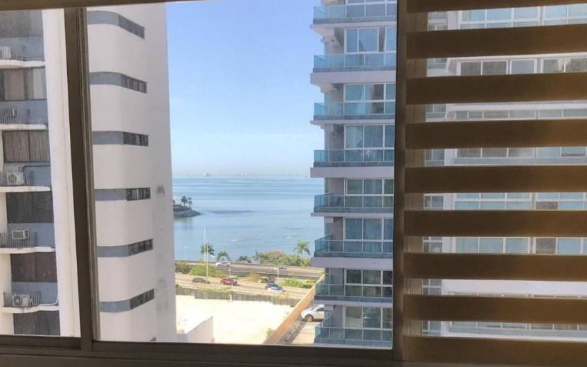 Close to seashore Marbella remodeled 138mts -2 bedrs