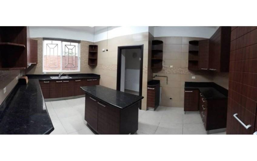 Beautiful house in Altos de Panama 5 bedrooms / 320mts