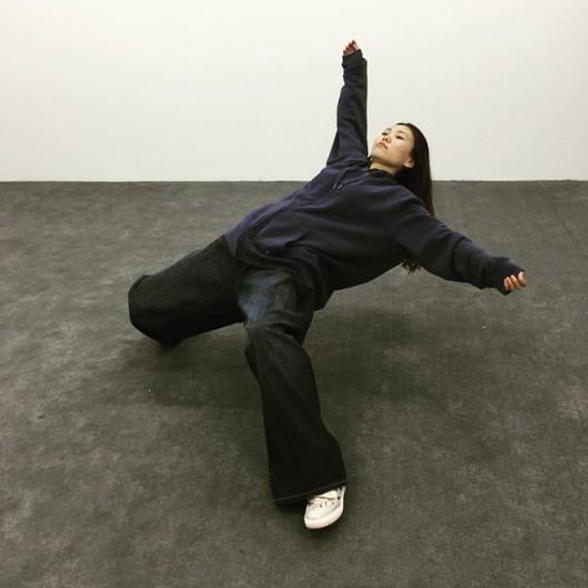 """Xu Zhen, """"In the Blink of an Eye"""", 2005 徐震,《只要一瞬间》,2005"""
