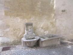 8 Fontaine des Pénitents Noirs