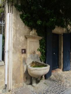 16 Fontaine de la rue de Brancas