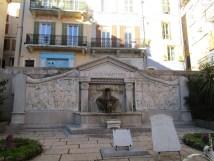8 Fontaine du monument aux morts