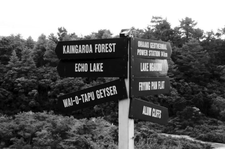 Wai-o-tapu Thermal Park - Signs