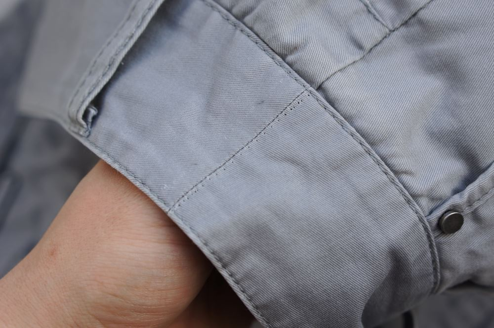 Marcas de costura nas calças