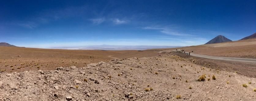 The 2400m descent down to San Pedro de Atacama