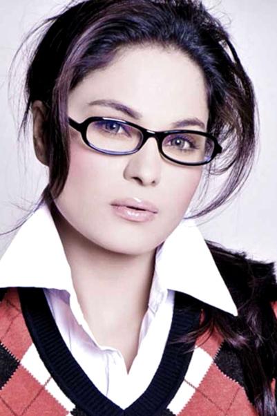 Veena Malik Biography