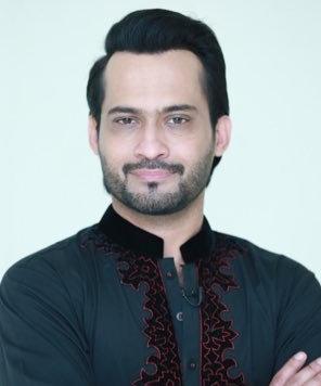 Waqar Zaka  Biography