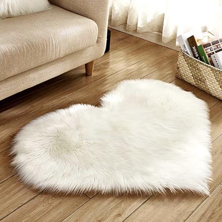 heart shaped rug