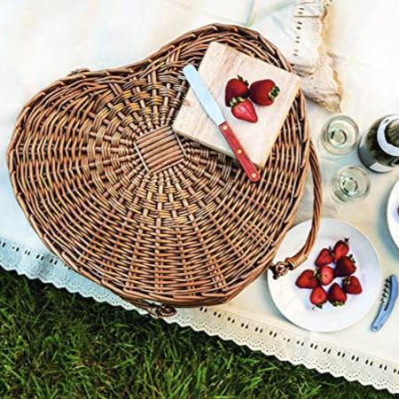 heart shaped picnic basket