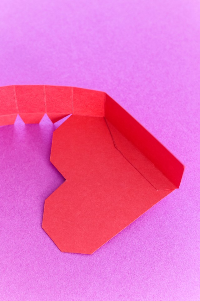 heart shaped paper box