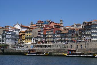 Vue sur les quais de Porto