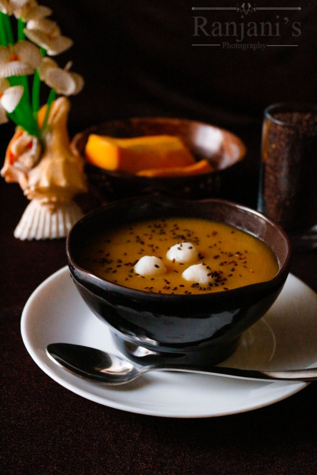 Korean-pumpkin-porridge