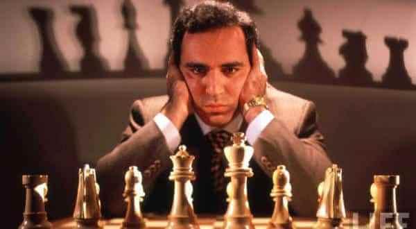 Garry Kasparov entre os melhores jogadores de xadrez de todos os tempos