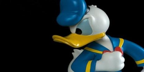 Donald Duck Figurine Profile